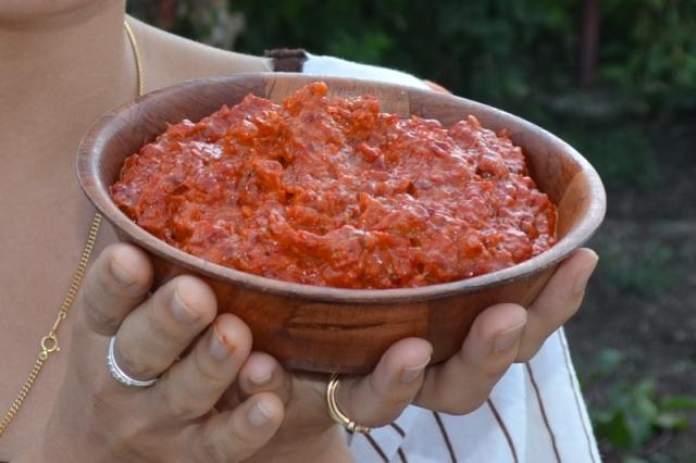 マケドニア庶民の味、アイバルってご存じですか?